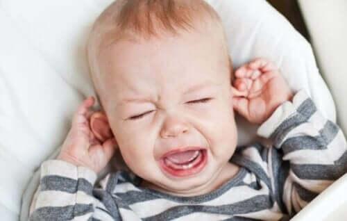 영유아의 중이염을 완화하는 비결