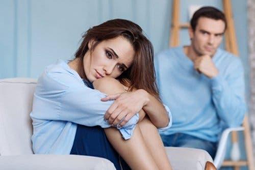 상호의존적인 사람들은 다른 사람의 감정에 대해 책임감을 느낀다