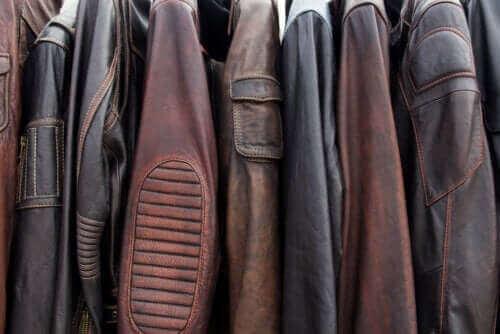 가죽 재킷을 세탁하는 5가지 방법