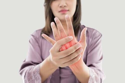 임신 중 관절통을 관리하는 방법