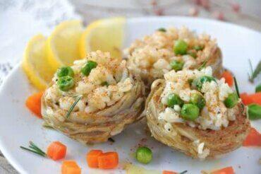 쌀을 채운 아티초크 요리 레시피