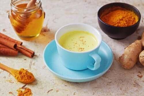 후추와 꿀로 기침을 물리치는 방법