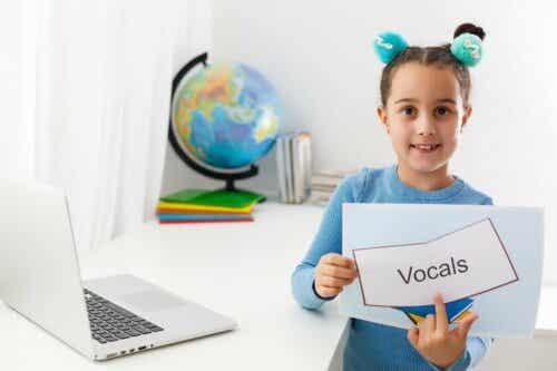 언어 치료와 치료 특성에 대한 설명