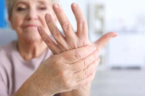 급성 감염성 관절염의 특징