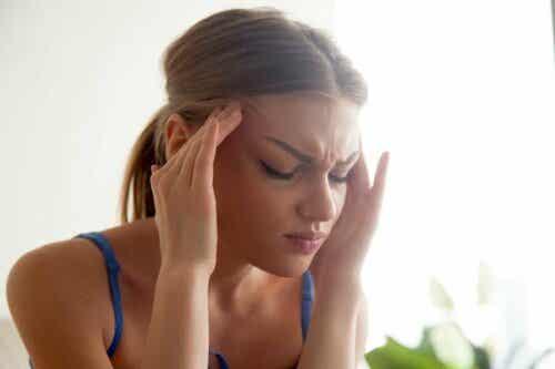 호르몬과 두통 에스트로겐