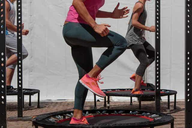 점핑 피트니스 운동 방법