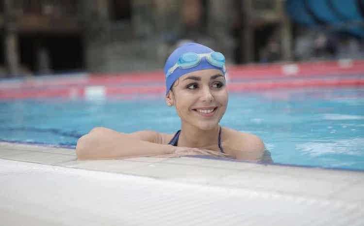 저강도 유산소 운동 수영