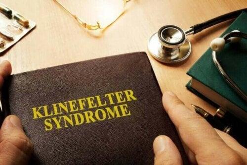 클라인펠터 증후군의 원인과 남성에 미치는 영향
