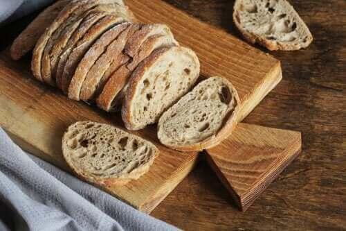 홈메이드 퀴노아 빵을 만드는 방법