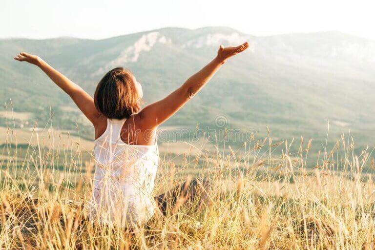 우리가 행복해야 하는 이유 5가지