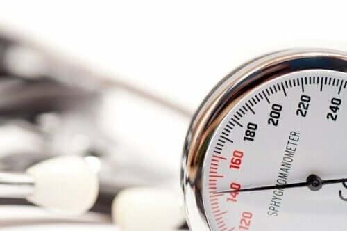 세계 고혈압의 날, 혈압 수치를 확인하자