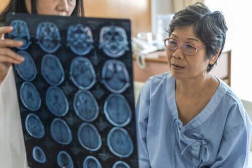 수막염과 뇌염의 차이점